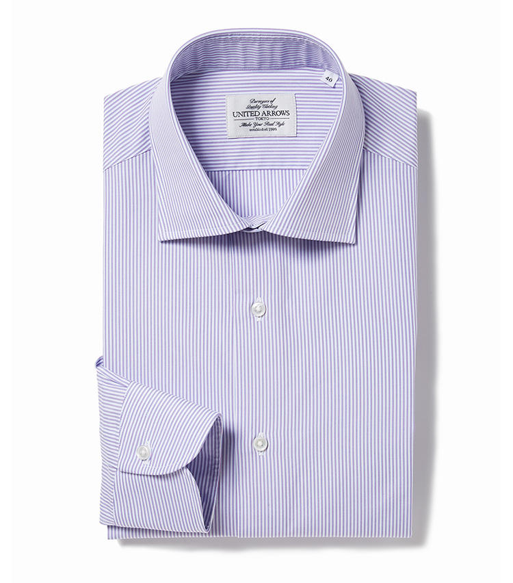 <b>7.ユナイテッドアローズのパープルのストライプシャツ</b><br />淡いパープルとホワイトを掛け合わせた、優しげな印象の極細ストライプシャツ。ワードローブに取り入れれば、コーディネートの幅がぐんと広がる。1万3000円(ユナイテッドアローズ 六本木ヒルズ店)