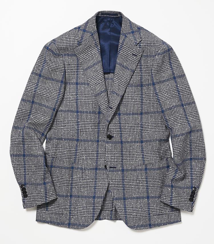 <b>3.ブリッラ ペル イル グストのネイビーチェックジャケット</b><br />数あるジャケットの中でもコーディネートしやすいのは、ネイビー基調のこんな色柄。こちらは春夏の定番素材であるウール、シルク、リネンの軽やかな三者混素材。8万5000円(ビームス 六本木ヒルズ)