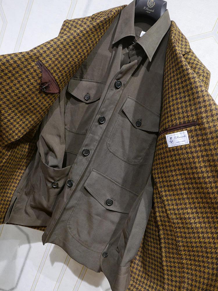 <b>エリコ フォルミコラ</b></br>ジャケットを脱いでもかなりお洒落度高し!