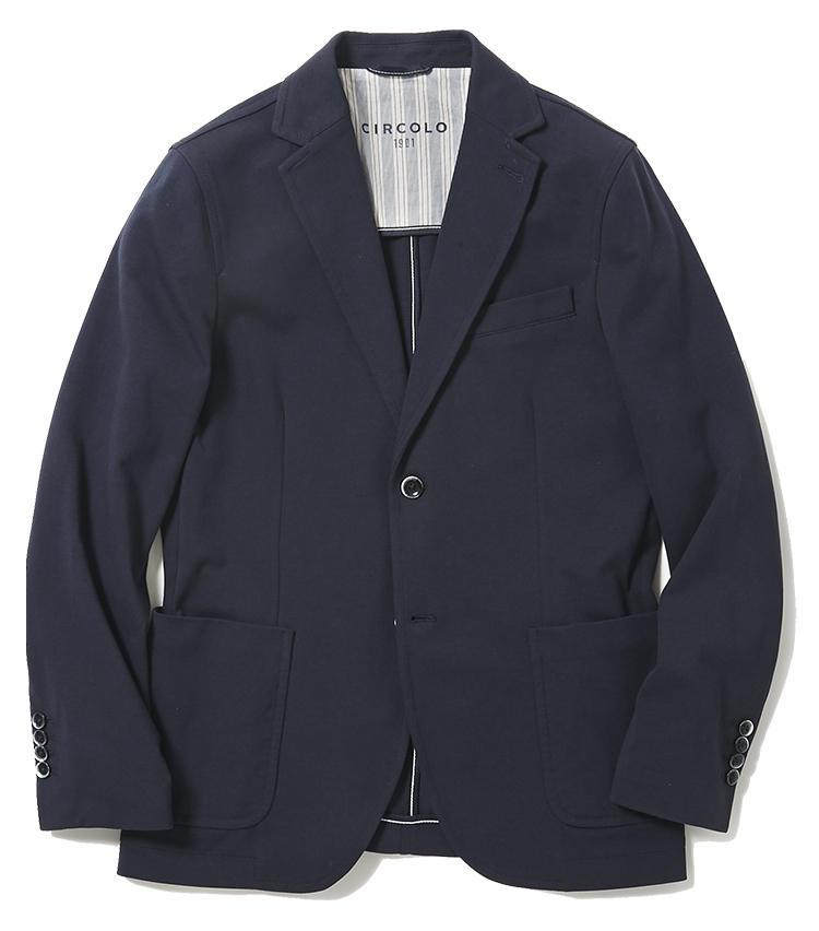 <b>1.チルコロ 1901のジャージジャケット</b><br />オフィスでも着られるジャージジャケットが豊富なイタリアブランド。コットンジャージ素材のネイビージャケットは、カーディガンのように柔らかくて一度着たら手放せなくなる。4万9000円(ジェンテ ディ マーレ)