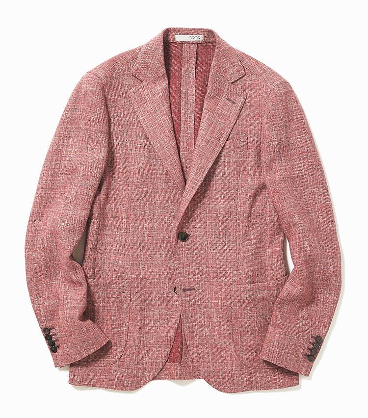 <b>3. ゼロノーヴェゼロノーヴェのピンクのツイードジャケット</b><br />厳選した生地を使い、ハンドメイドで仕立てるイタリア発のゼロノーベゼロノーベ。ウール、コットン、リネンを混紡した軽快なツイードジャケットは、落ち着いたサーモンピンクが新鮮。こんな差し色ジャケットがあれば、日々の着こなしはより変化に富んだものになるだろう。6万8000円(エリオポールメンズ銀座)