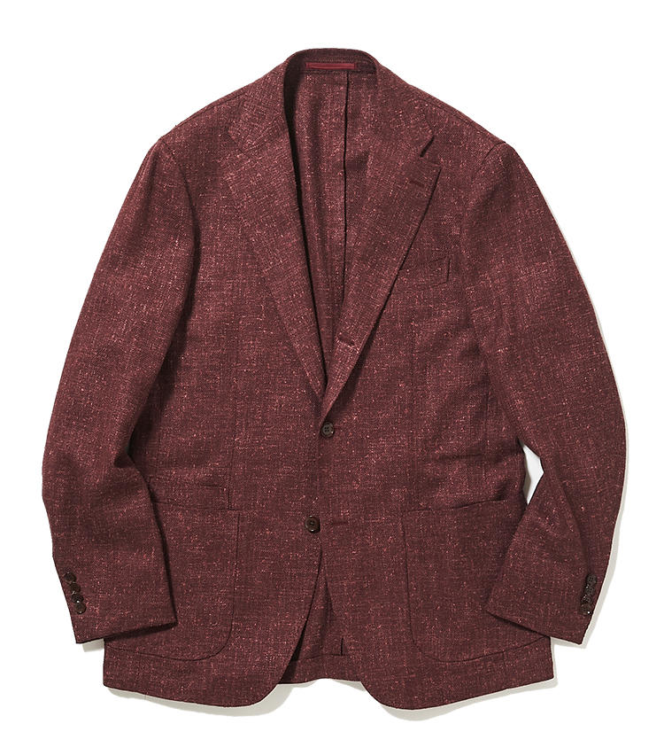 """<b>4.リングヂャケットのボルドージャケット</b><br />サルトリアテイストの強いサマーツイードジャケットは、今季テーマ""""ジャムカラー""""にちなんだボルドーが新鮮。意外に肌馴染みがよく、顔色を明るく見せてくれる。11万円(リングヂャケットマイスター206 青山店)"""