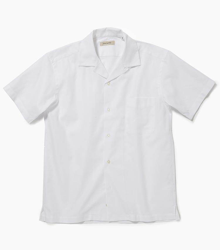 <b>10.コルポイパネマの開襟シャツ</b><br />人気再燃中のオープンカラーシャツ。メッシュのコットン素材で仕立てたこちらは熱気がこもりにくく、不快指数の高い梅雨時も快適に過ごせそう。8800円(新宿高島屋)