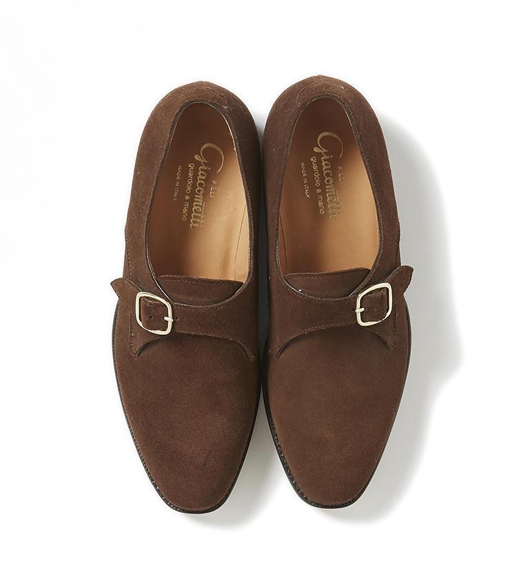<b>22.フラテッリ ジャコメッティのモンクストラップシューズ </b><br />アルプスを臨むイタリア北部発のブランド。登山靴の技術をいかした堅牢な作りと、イタリア靴らしい端正なルックスが融合。足馴染みもよく、あまりの心地良さと使い勝手の良さにヘビーユースは確実。9万5000円(グジ東京)