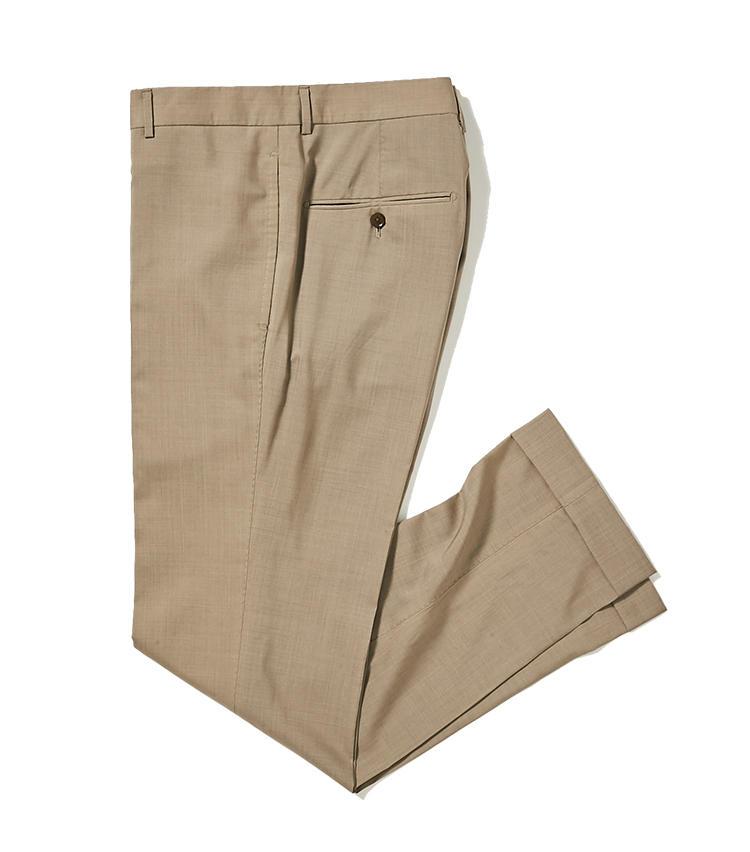 <b>3.トゥモローランド ピルグリムのハイテクパンツ</b><br />2のジャケットとセット使いできるパンツ。同店のノープリーツパンツの中でも最も細身の美脚シルエットは、抜群のフィット感ながらストレスなく着られる。2万6000円(トゥモローランド)