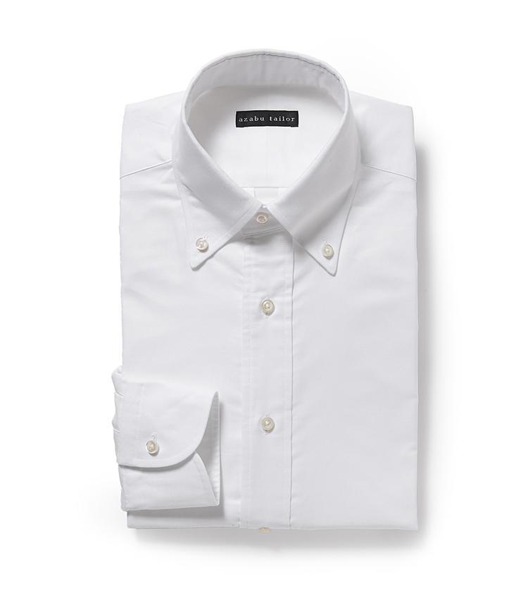 <b>6.麻布テーラーの白ボタンダウンシャツ</b><br />同店のパターンオーダーシャツでは、色柄や素材、襟型などが選べるが、あえてこんな定番シャツを作るのもおすすめ。ジャストフィットは着心地が良いだけでなく、着用映えして自分をより良く見せてくれることにも驚くはずだ。9900円<オーダー価格>(麻布テーラースクエア二子玉川店)