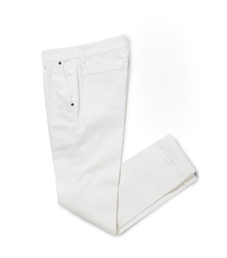<b>14.R&BLUESのホワイトデニム</b><br />パターンオーダーのデニムも人気。股上やワタリ、裾幅を調整できるため、スポーツマン体型でもジャストフィットのデニムが手に入る。3万7400円<オーダー価格>(麻布テーラースクエア二子玉川店)