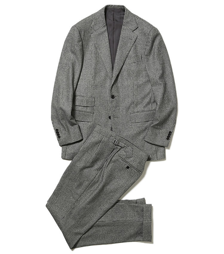 <b>1.ビームスFのグレンチェックスーツ</b><br />白黒のグレンチェックは今季のトレンド柄。チェンジポケットも英国調のトレンドを押さえている。柄行きが控えめなこんなグレンチェックを選べば、手持ちのシャツやネクタイもコーディネートしやすい。10万5000円(ビームス 六本木ヒルズ)※パンツのみ使用