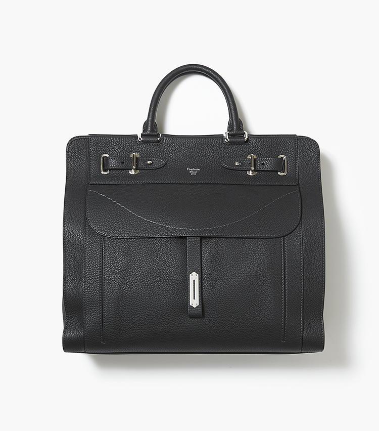 <b>21.フォンタナ ミラノ 1915のブリーフ型バッグ</b/><br />海外セレブにも人気のイタリアのレザーブランド。代表的なモデル「A」はドレスにもカジュアルにも似合うブリーフケース。日本ではバーニーズ ニューヨークのみの展開。縦36.5×横41.8×マチ15.2cm。45万円(バーニーズ ニューヨーク カスタマーセンター)