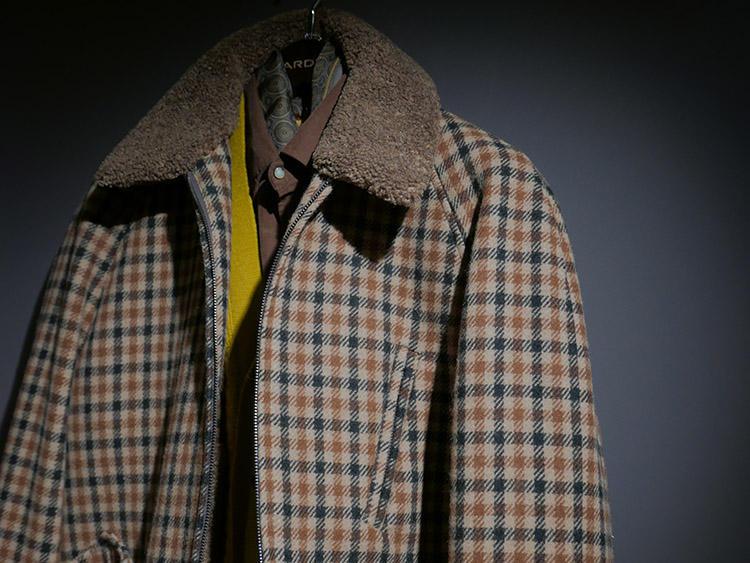 ラルディー二は、スーツやJKだけでなくこうした英国調のカジュアルスタイルも展示。