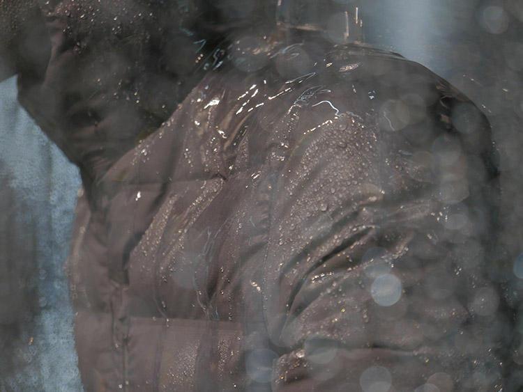 なので、水をかけても縫い目から水が入っているということがない完全防水!