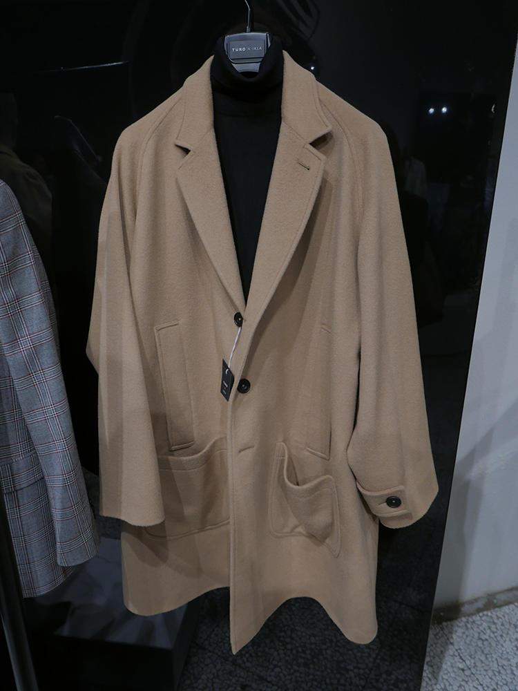 ビッグシルエットのコート