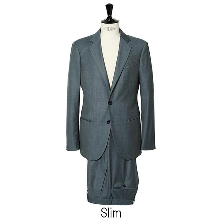 対して「スリム」は肩パッドが薄く、全体的に細身でシャープ。着丈も若干短めだ。単品ジャケットでは、これに加えてアンコンモデルも選べる。