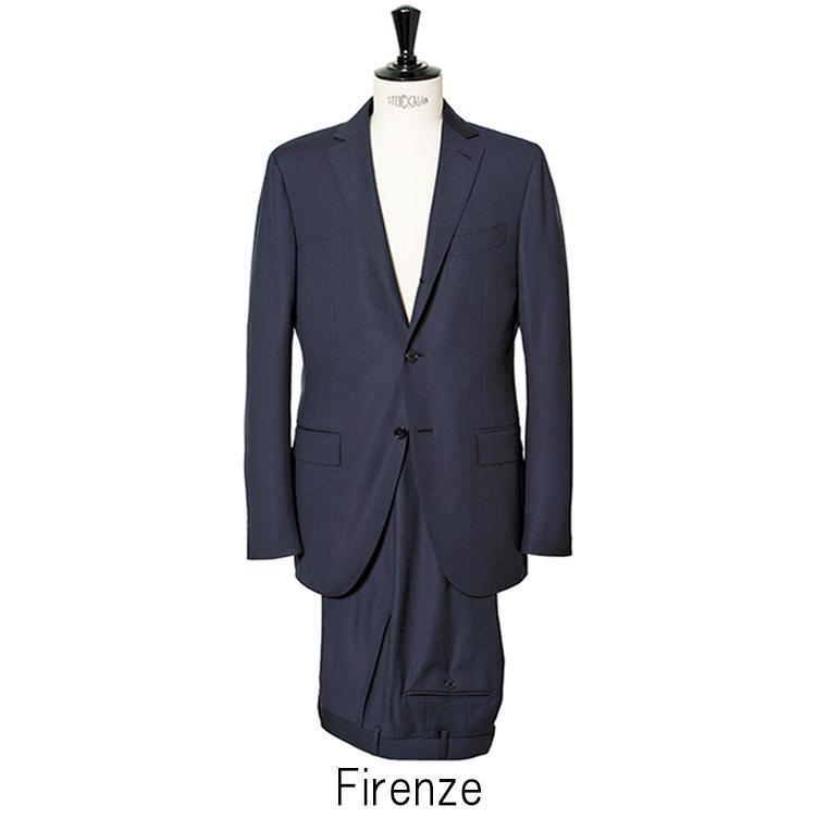 「フィレンツェ」は軽快な仕立てと丸みのあるカッティングが特徴。着丈はやや短めに設定されている。