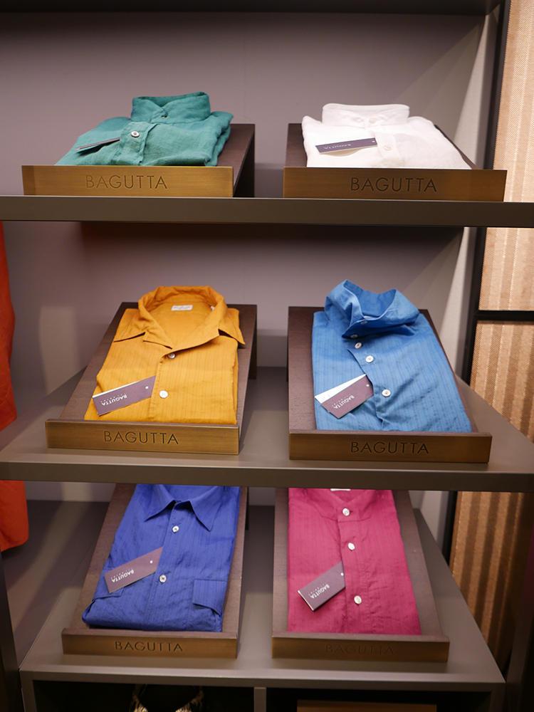 【BAGUTTA】カラーシャツで襟型バリエーションが豊富なのが◎。