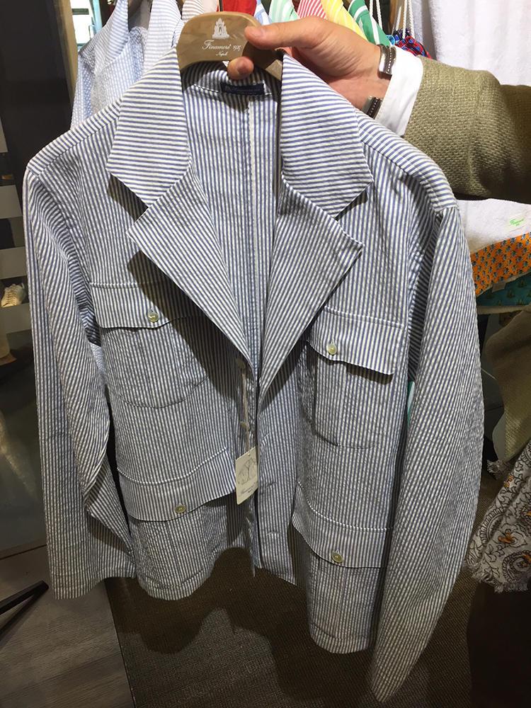 【FINAMORE】テーラード感もある、サファリ調シャツジャケット。