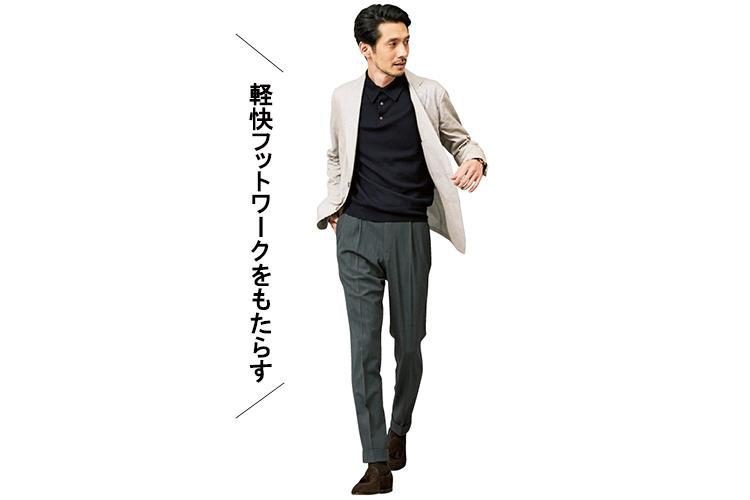 MATTEUCCIのシャツジャケット着用のモデル