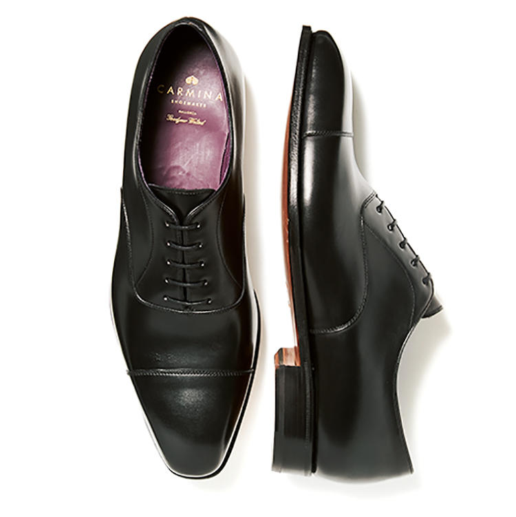 靴7万3000円/カルミナ(トレーディングポスト青山本店)