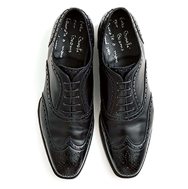 靴10万5000円/エンツォボナフェ(以上ビームス ハウス 丸の内)