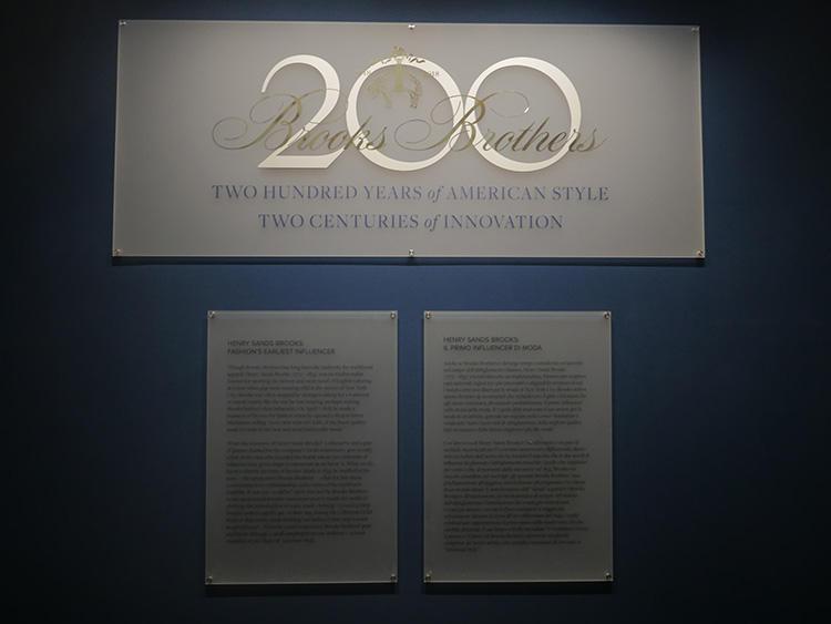 「2 CENTIRIES OF INOVVATION」。—2世紀の間、1つのブランドが続くって凄いことだ。ピッティ期間中、パラッツォ宮殿の1階ではスペシャル回顧展が開催された。これは日本にも、今年アーカイブ展として巡ってくる予定だとか。日本でも、是非見ておきたいコレクションだ。