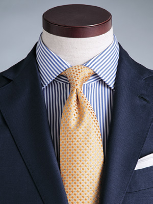 ネクタイのディンプル