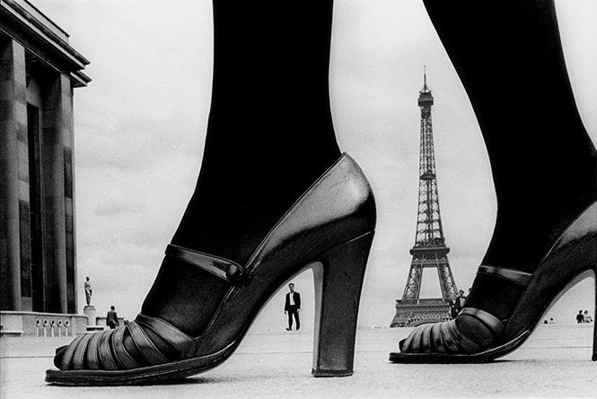 """For""""STERN"""" ,shoes and EiffelTower,1974,Paris,France©Frank Horvat"""