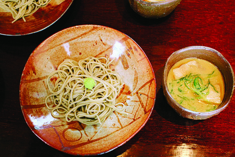 """日本料理「梢」で開催される「マスターズ オブ アーツ 2017 """"書と料理""""」にて提供される料理の一例。"""