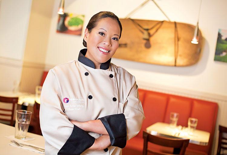 Koko Head Cafeのオーナーシェフ、Lee Anne Wongさん。