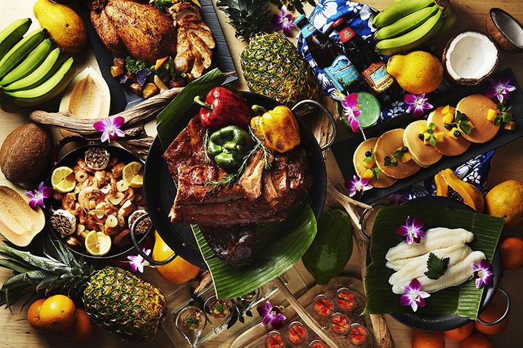 多彩なハワイアンフードが楽しめる。