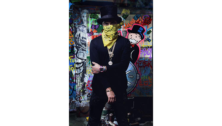 ニューヨークで活動するアメリカ人のストリートアーティスト、Alec Monopoly(アレック・モノポリー)氏。ボードゲームのキャラクターであるMr. Monopoly(ミスター・モノポリー)を題材とした作品は、世界中に多くのファンを持つ。