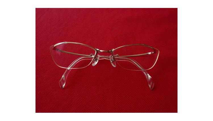 M.E.に載っていた眼鏡を実際に買ってみました【フォーナインズ】