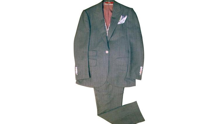 ちょっと、かわいいスーツをオーダー【ゼルヴィーノ】