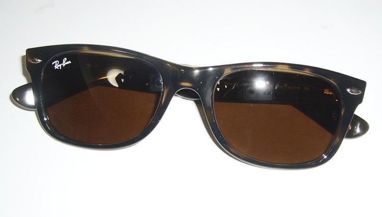 ほんのり現代的なサングラスの名作【レイバン】