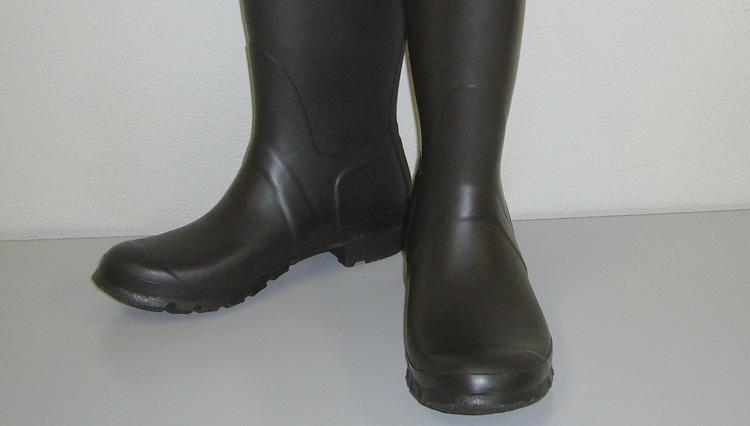 防水性はもちろんルックスも◎な大人の雨の日靴【ハンター】