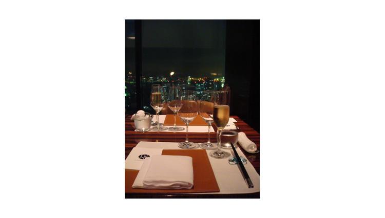 【番外編】コンラッド東京ワインスクール<第4回 中国料理「チャイナブルー」でディナー&ブラインドテイスティング!>