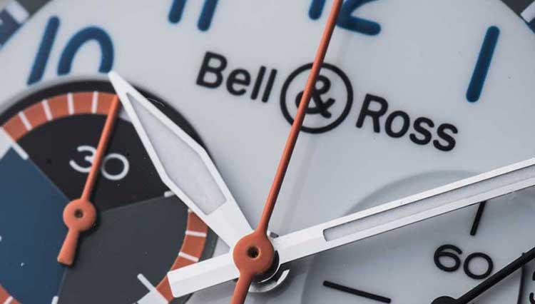ベル&ロスの飛行機愛が生んだ爽快カラーのパイロットクロノ【BASEL2018新作】