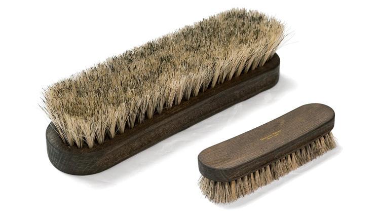 ■靴の自宅メンテを楽&確実に!⇒「デイリー汚れ落とし」に有効なブラシとは?【今必要な本格靴決定版。】