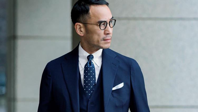 超王道な濃紺の無地スーツは紺白・1柄でキリリと絞る【第一印象で勝つスーツ】