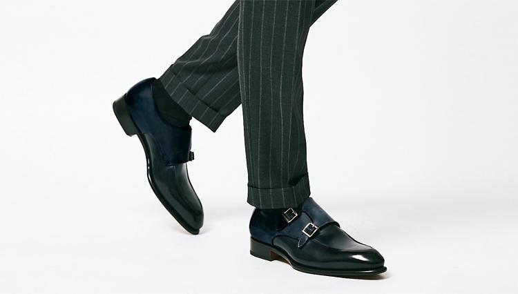 仕事にネイビードレス靴、実はこんな風に使えます。