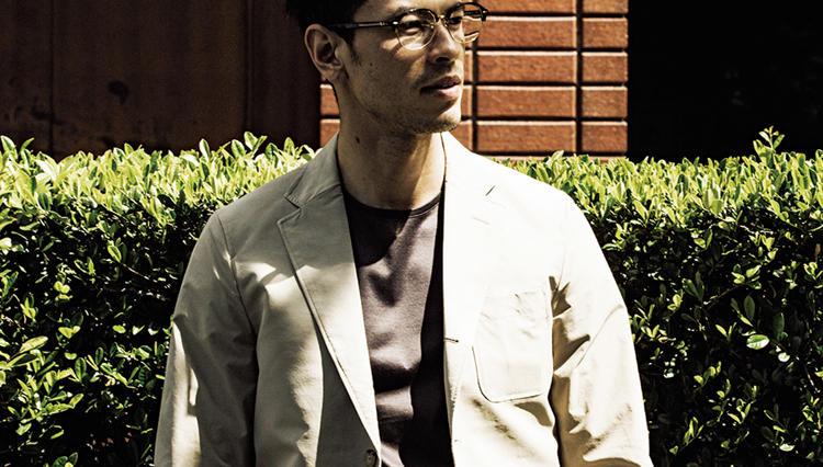 今、ビジネスマンが気にしはじめている「ジャケットに襟なしインナー」はアリか、ナシか?