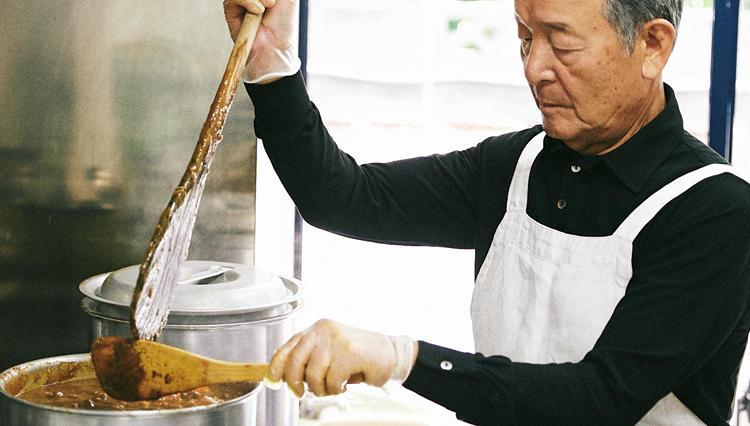 メーカーズシャツ鎌倉の本店で食べられる700円のカレーは、会長自ら作る超本格派!