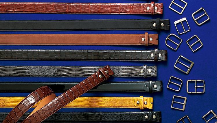 「麻布テーラー」のカスタマイズドベルトは、バンド20種+バックル30種=600通りで、このお値段!