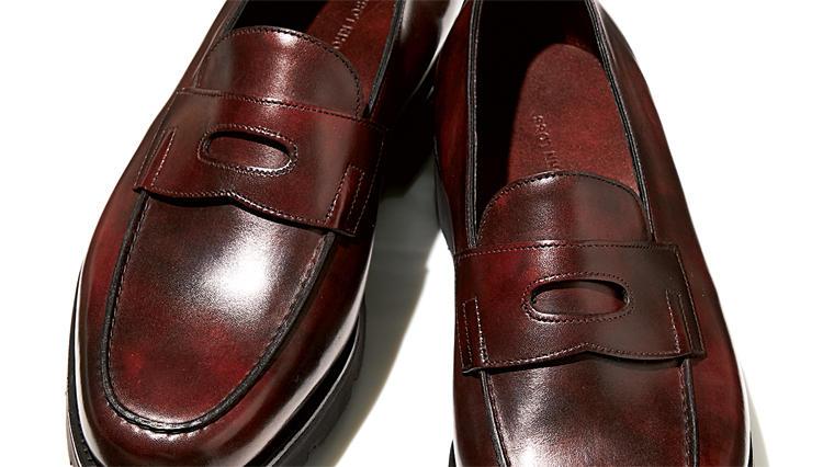 ジョン ロブの名靴「ロペス」がウォーキングできるほど軽くなった!?