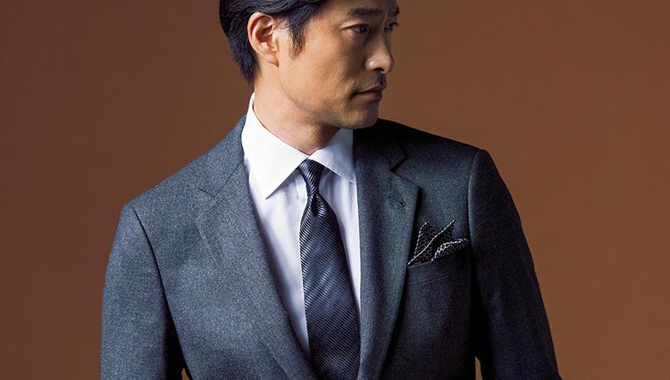 ジョルジオ アルマーニのスーツは、何故こんなにも美しく、動きやすいのかーー?
