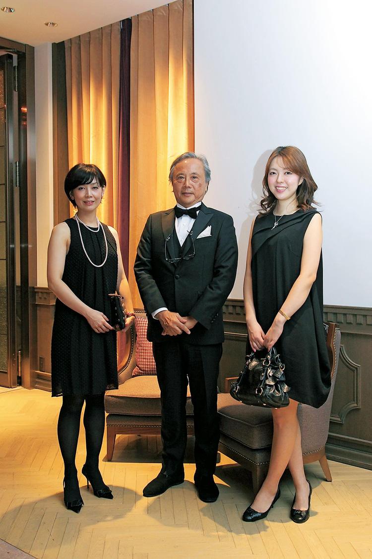 松井 良友さん(中)、西出 陽子さん(左)、湊 孝江さん(右)