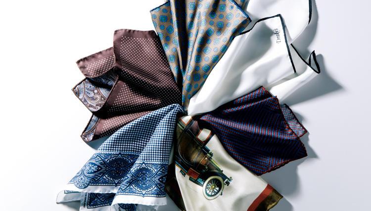 胸ポケにシルクチーフを挿すだけで、ノータイ姿のビジネススタイルが垢抜ける!