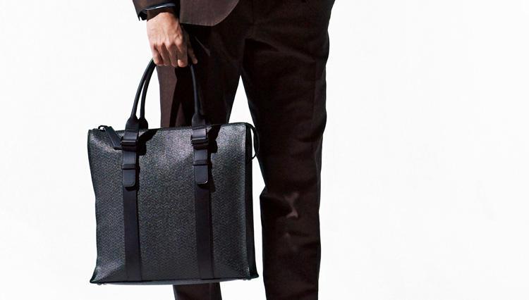 ビジネス鞄にシカクあり【ザネラート】のスクエロ