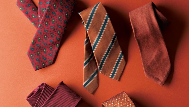 大自然が生み出す秋の色彩を味方にできる「紅葉ネクタイ」はいかが?
