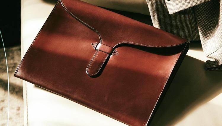 一生使える「英国製ブライドル鞄」が4万円台で買える!