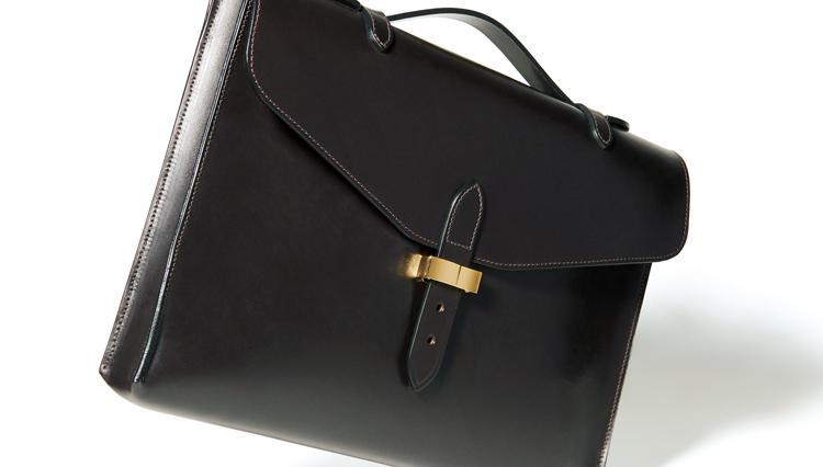 クラシックな英国鞄の「重すぎ」と「高すぎ」を解消したビームスF別注鞄が登場